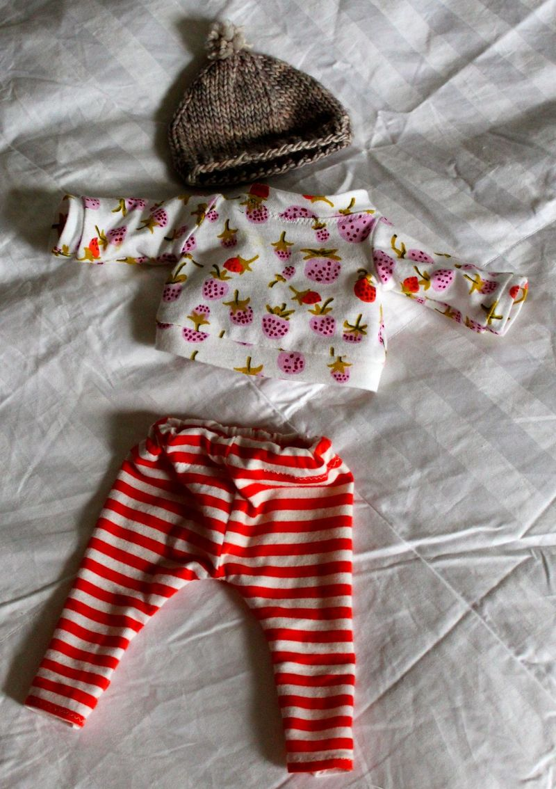 DOLL GIRL CLOTHES