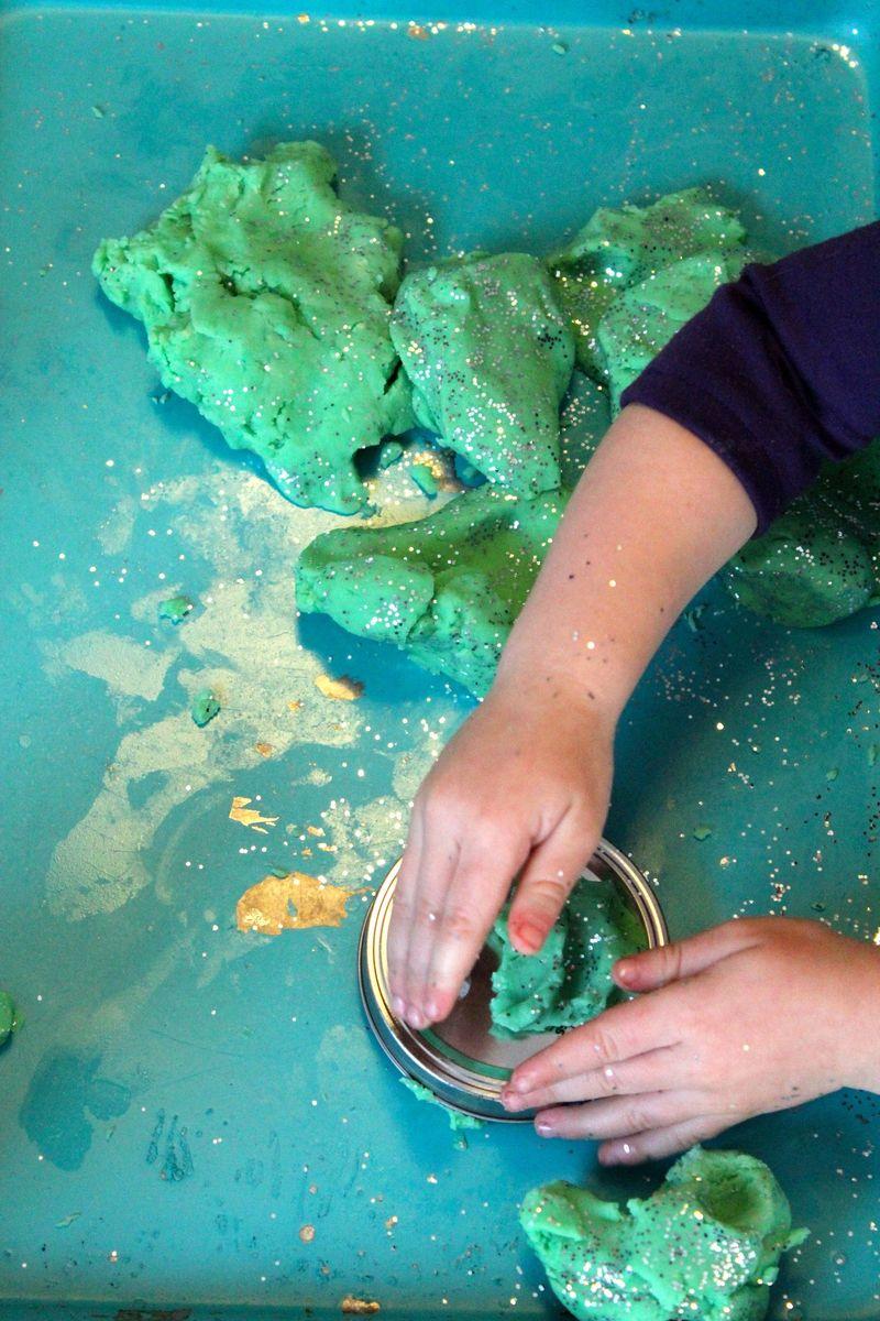 Glitter Play Clay 2