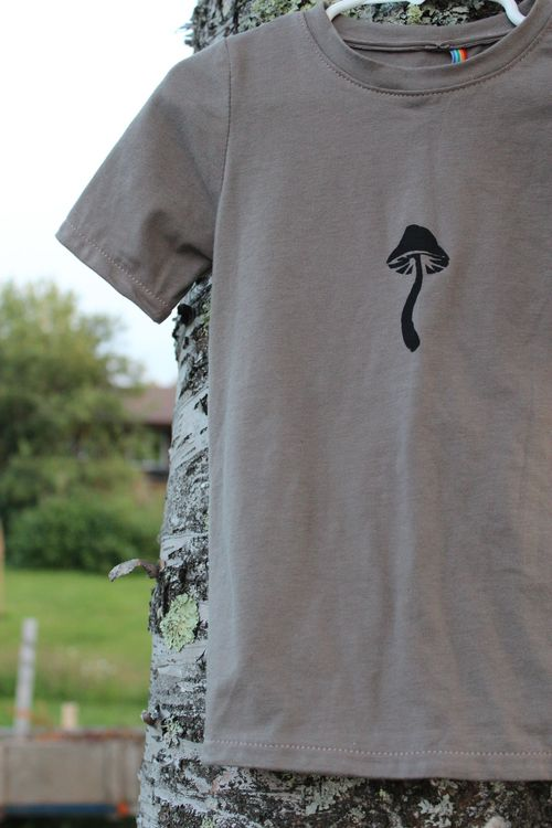 Toadstool Tee for Eero