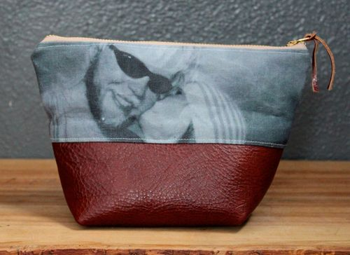 Picture Pouch by brienne